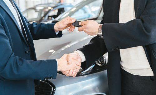 Carte grise en ligne: faciliter la declaration de votre achat de vehicule